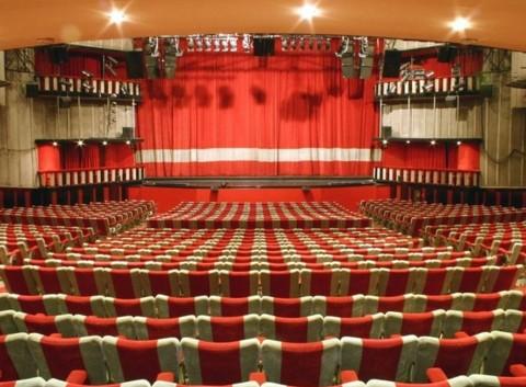 Auguri al glorioso Teatro Sistina